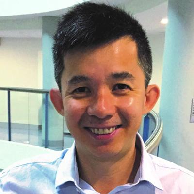 Dr Tri Phan